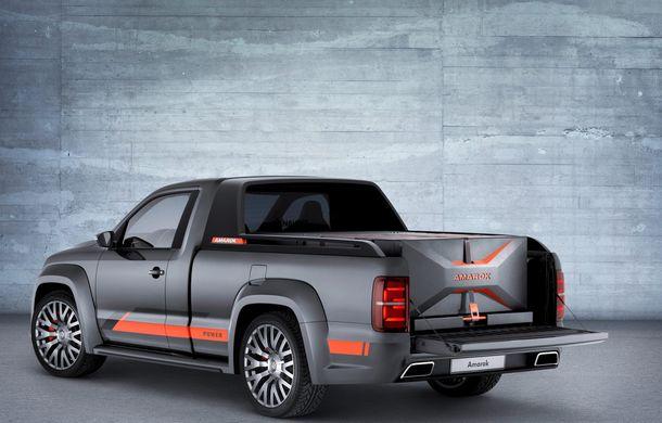 Volkswagen Amarok Power Concept - o discotecă pe roţi pentru Festivalul de la Worthersee - Poza 4