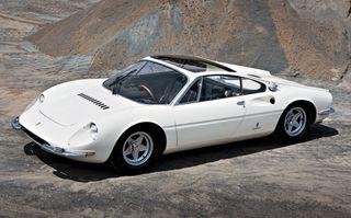 Singurul Ferrari cu trei locuri din lume va fi vândut la licitaţie pentru aproximativ 20 de milioane de dolari