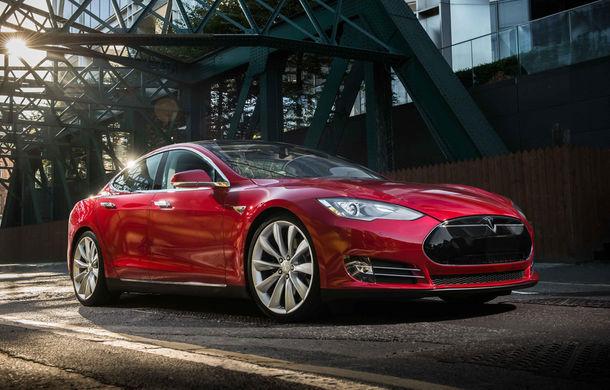 """Tesla Model S pierde teren la fiabilitate după doi ani. Elon Musk: """"Încercăm să atingem idealul platonic al maşinii perfecte"""" - Poza 1"""