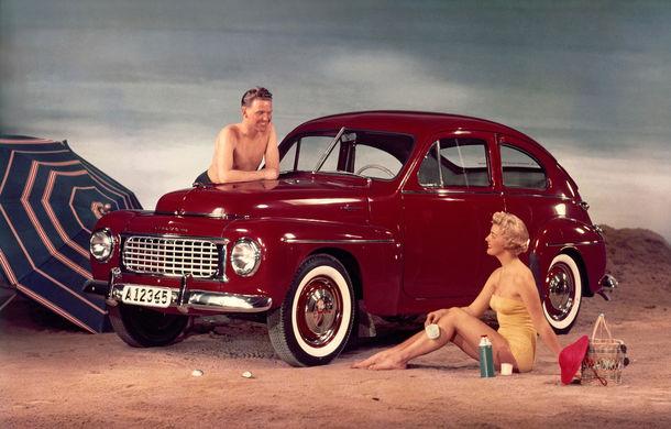 POVEŞTI AUTO: 70 de ani de la primul hit Volvo: PV444 - Poza 4