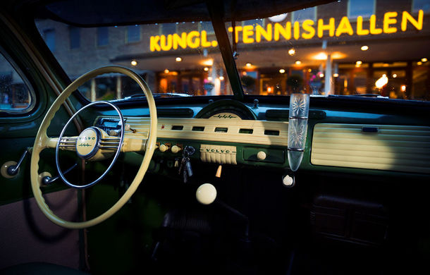 POVEŞTI AUTO: 70 de ani de la primul hit Volvo: PV444 - Poza 6