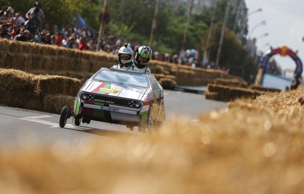 Red Bull Soapbox Race 2014: 51 de echipaje trăznite au luat startul în cursa automobilelor propulsate de gravitaţie - Poza 27