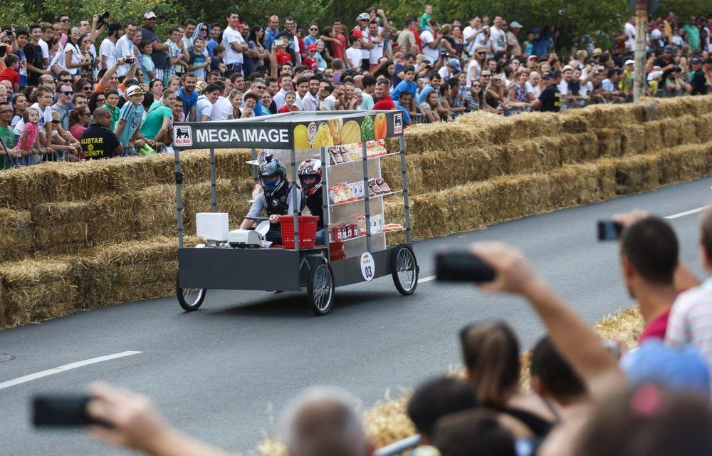 Red Bull Soapbox Race 2014: 51 de echipaje trăznite au luat startul în cursa automobilelor propulsate de gravitaţie - Poza 6
