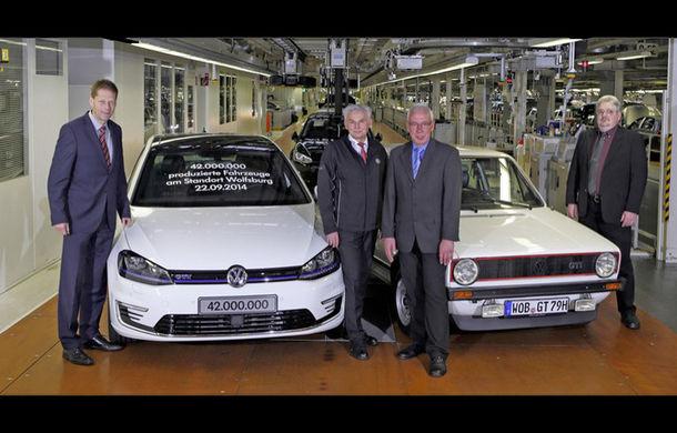 Uzina Volkswagen din Wolfsburg sărbătoreşte maşina cu numărul 42.000.000 - Poza 1