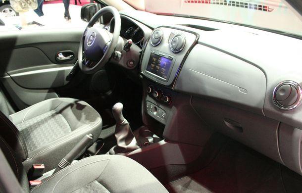 PARIS 2014 LIVE: Dacia Duster Air şi Sandero Black Touch, alte două surprize româneşti pentru Salonul de la Paris - Poza 40