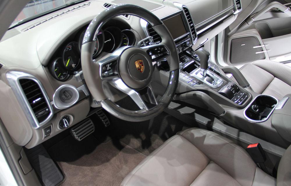 PARIS 2014 LIVE: Porsche Cayenne S E-Hybrid - primul SUV premium alimentat la priză din lume are 416 cai putere - Poza 9