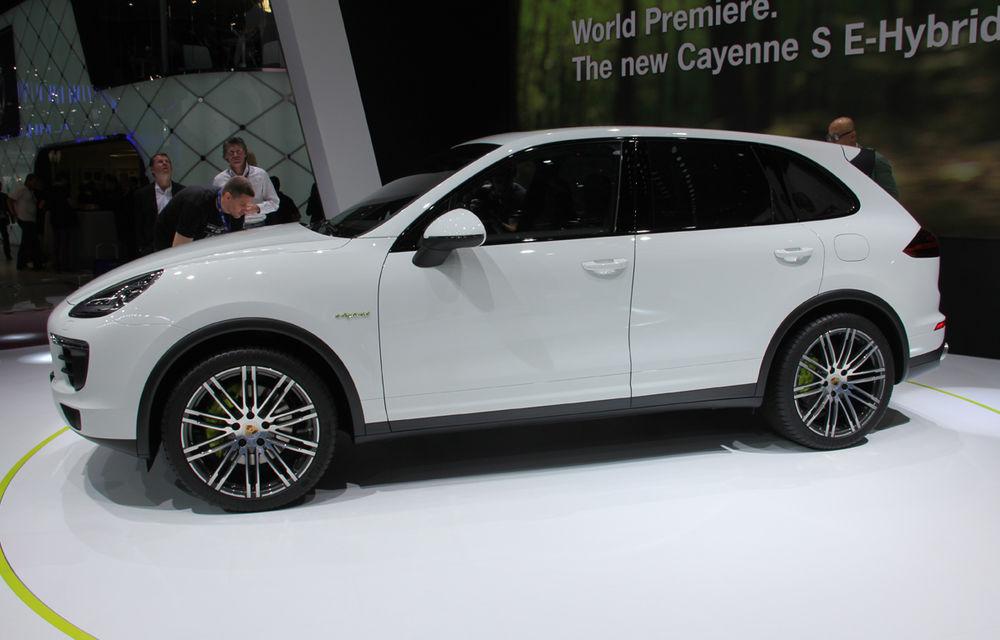 PARIS 2014 LIVE: Porsche Cayenne S E-Hybrid - primul SUV premium alimentat la priză din lume are 416 cai putere - Poza 4