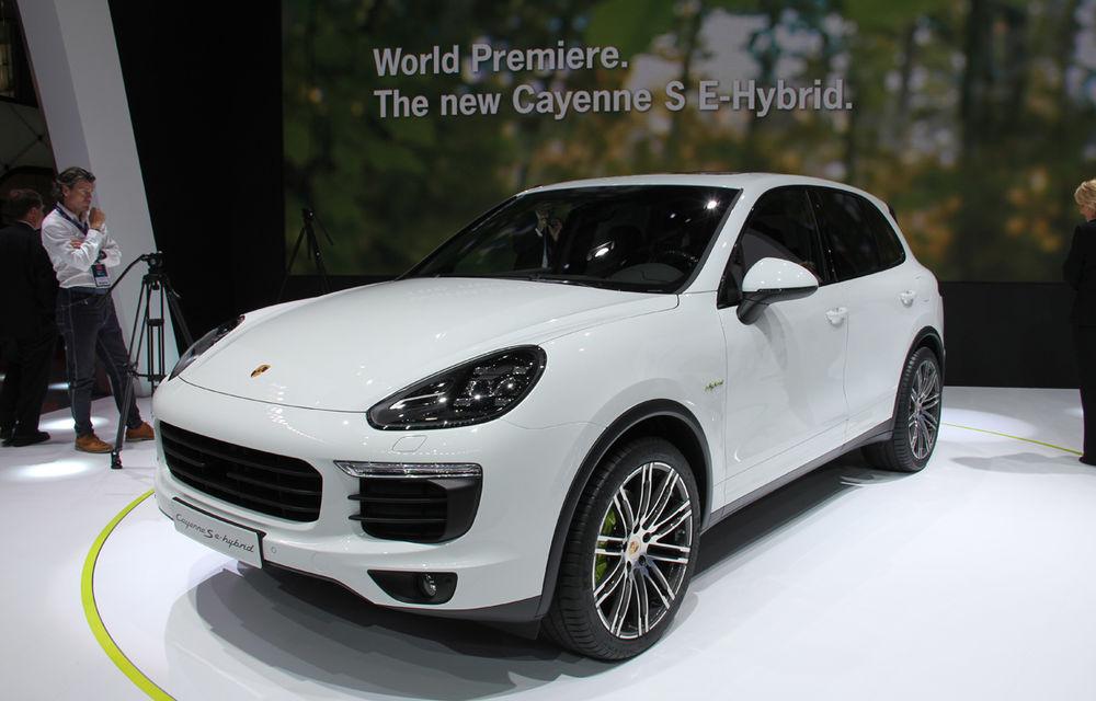 PARIS 2014 LIVE: Porsche Cayenne S E-Hybrid - primul SUV premium alimentat la priză din lume are 416 cai putere - Poza 1