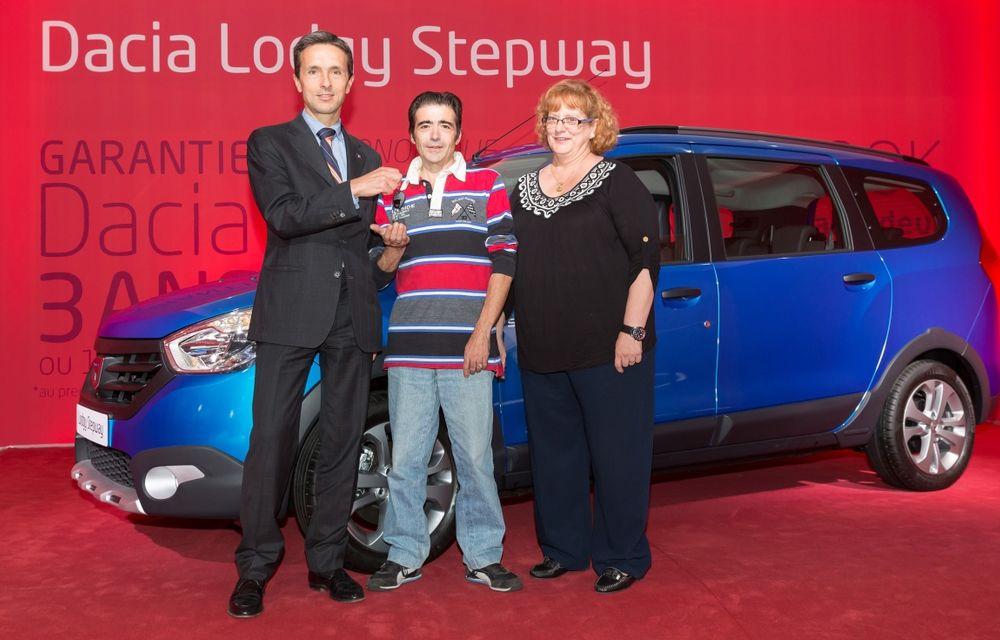 Dacia a vândut trei milioane de maşini în ultimii zece ani - Poza 1