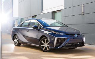 Toyota Mirai, primul model de serie alimentat cu hidrogen al mărcii, vine în Europa în 2015