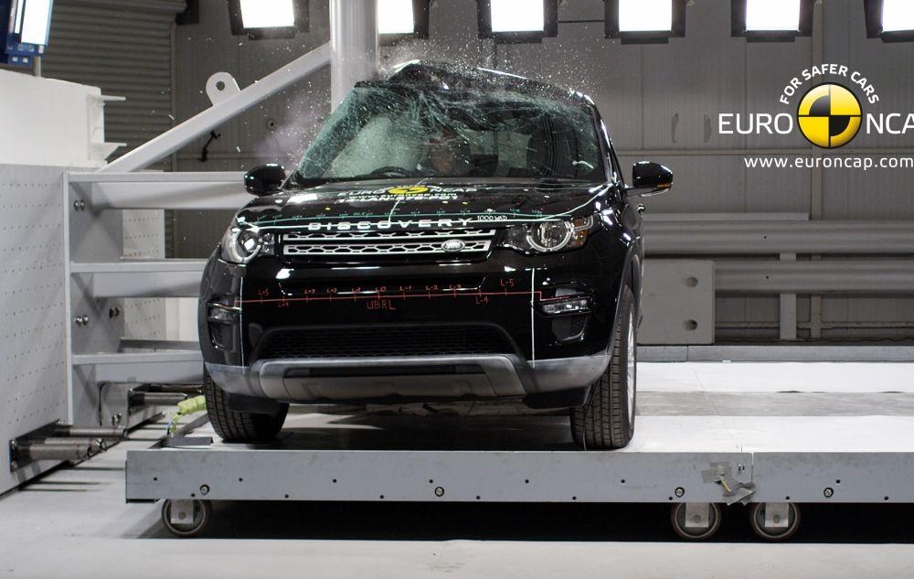 Noi rezultate EuroNCAP: Passat și Mondeo primesc cinci stele, însă Mini, Smart și Opel Corsa reușesc doar patru - Poza 52