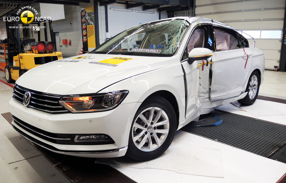 Noi rezultate EuroNCAP: Passat și Mondeo primesc cinci stele, însă Mini, Smart și Opel Corsa reușesc doar patru - Poza 1