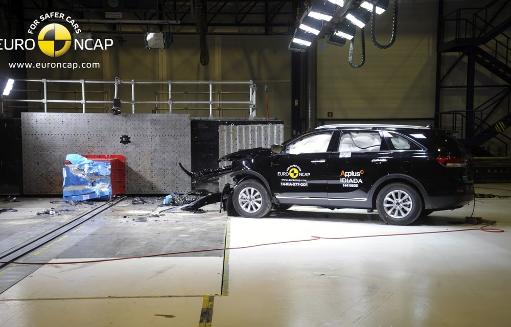 Noi rezultate EuroNCAP: Passat și Mondeo primesc cinci stele, însă Mini, Smart și Opel Corsa reușesc doar patru - Poza 14