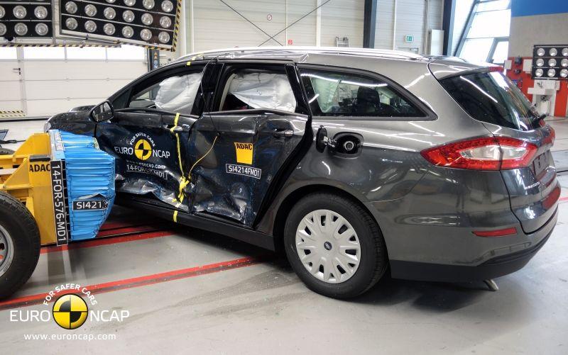 Noi rezultate EuroNCAP: Passat și Mondeo primesc cinci stele, însă Mini, Smart și Opel Corsa reușesc doar patru - Poza 32