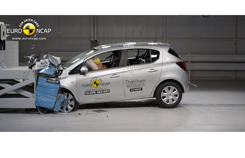 Noi rezultate EuroNCAP: Passat și Mondeo primesc cinci stele, însă Mini, Smart și Opel Corsa reușesc doar patru - Poza 39
