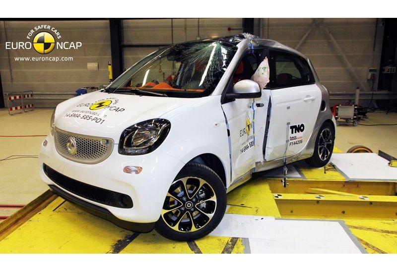 Noi rezultate EuroNCAP: Passat și Mondeo primesc cinci stele, însă Mini, Smart și Opel Corsa reușesc doar patru - Poza 36