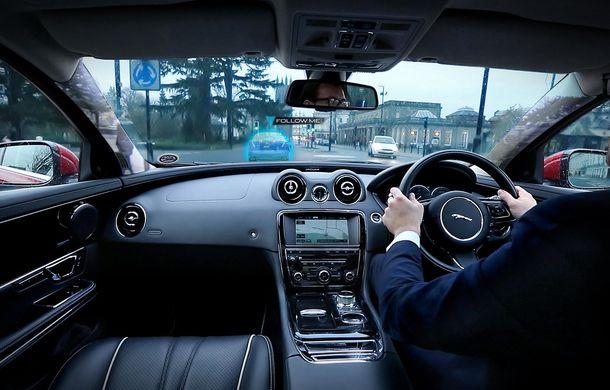 """Jaguar şi Land Rover au inventat """"montanţii transparenţi"""", care îmbunătăţesc vizibilitatea - Poza 4"""