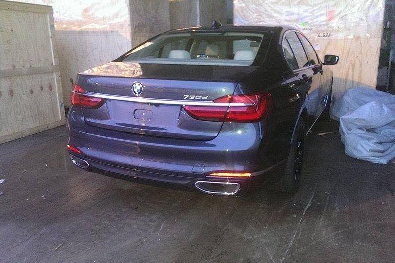 Cadoul începutului de an: primele imagini cu noua generație BMW Seria 7 - Poza 2