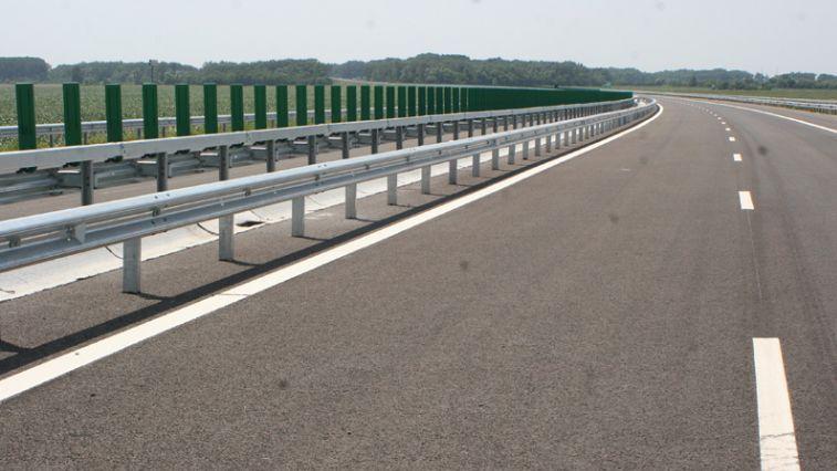 """Ministrul Transporturilor: """"Autostrada Comarnic - Braşov va fi gata peste patru ani"""" - Poza 1"""