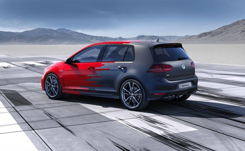 Volkswagen Golf R Touch: conceptul care face trecerea de la butoanele conservatoare la ecranele digitale - Poza 3