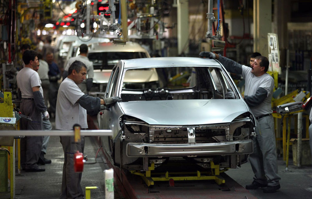 Conflict de muncă la Dacia: sindicaliștii cer măriri salariale și prime anuale mai mari - Poza 1