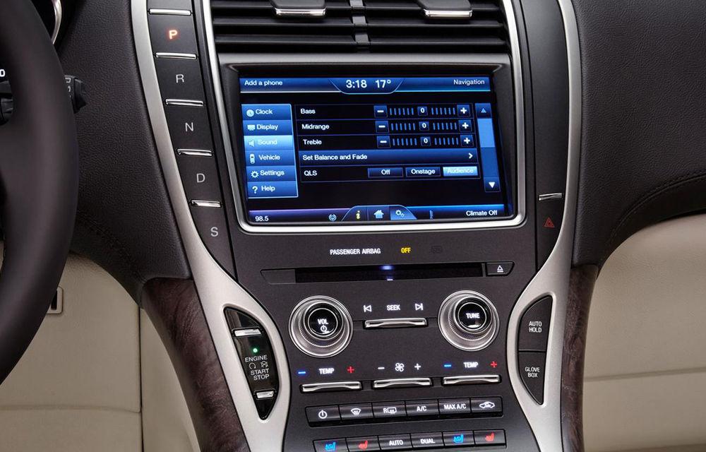 Lincoln MKX - primele imagini cu noua generație a SUV-ului american premium - Poza 4