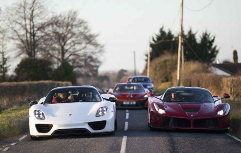 Un englez deţine cele trei supercaruri ale momentului: McLaren P1, Ferrari LaFerrari şi Porsche 918 Spyder - Poza 1