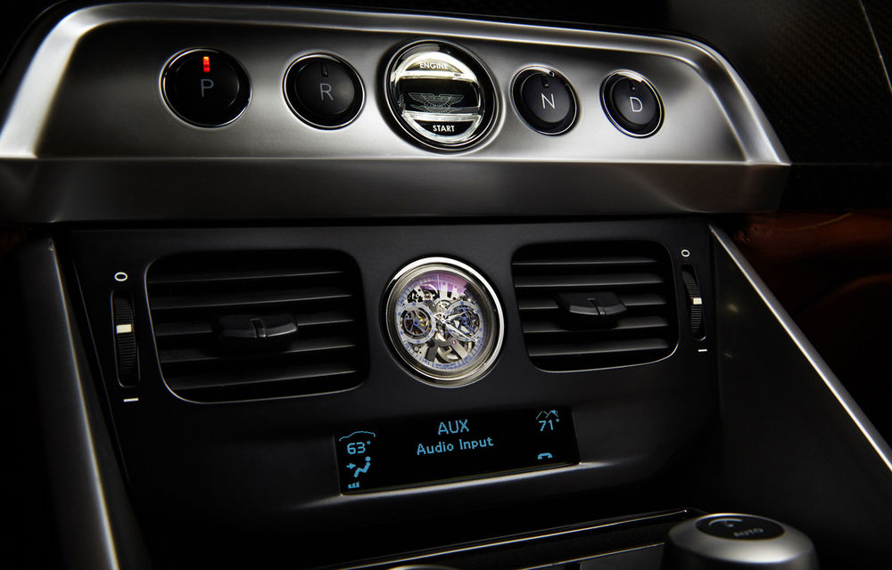 Henrik Fisker a creat conceptul Thunderbolt, un supercar bazat pe modelul Aston Martin Vanquish - Poza 11