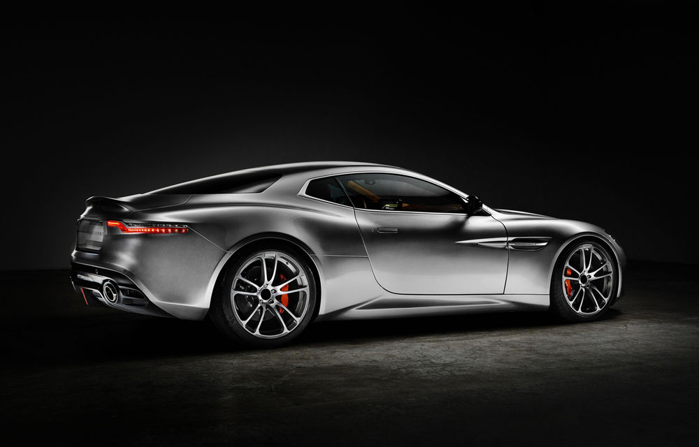 Henrik Fisker a creat conceptul Thunderbolt, un supercar bazat pe modelul Aston Martin Vanquish - Poza 6