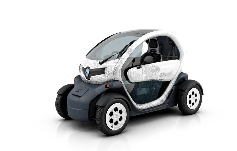 Renault Twizy poate fi condus încă de la vârsta de 14 ani conform legislaţiei franceze - Poza 1