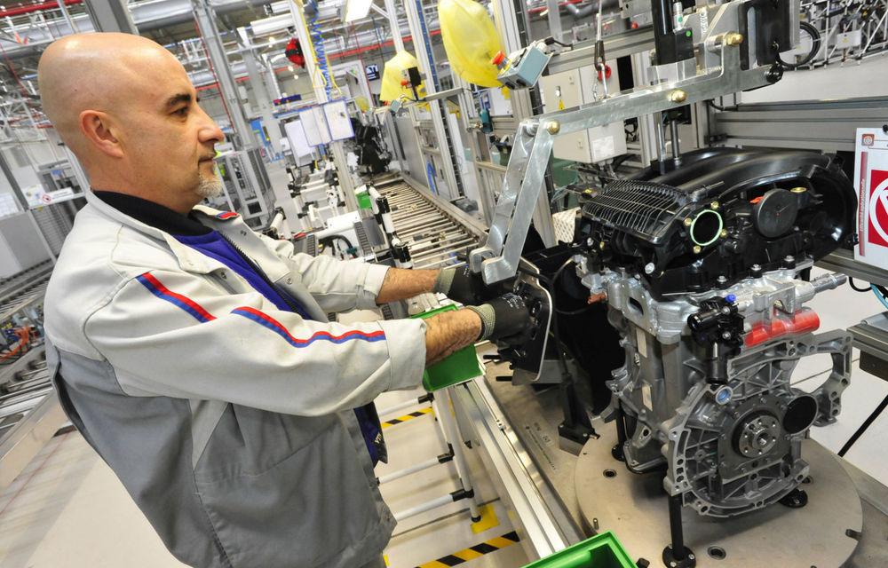 Grupul Peugeot-Citroen crește producția motoarelor sale turbo cu trei cilindri pentru a face față cererii - Poza 1