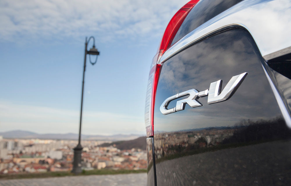 Honda CR-V facelift e disponibil în România: SUV-ul restilizat pleacă de la 26.000 de euro şi primeşte tehnologie de top - Poza 16