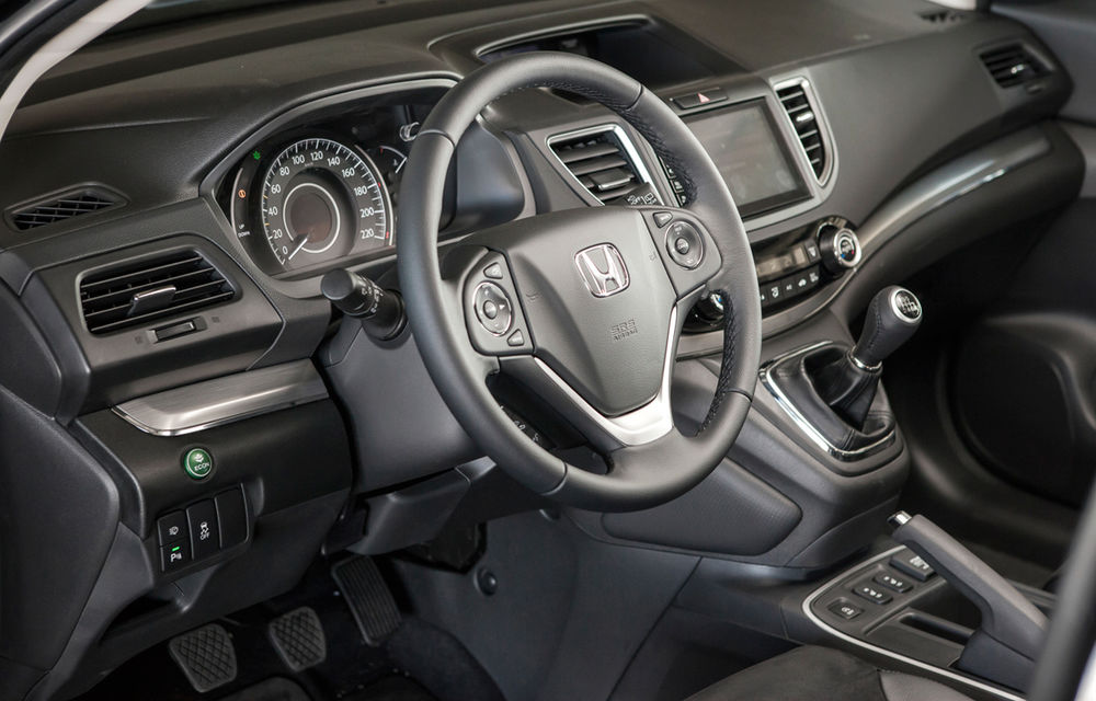 Honda CR-V facelift e disponibil în România: SUV-ul restilizat pleacă de la 26.000 de euro şi primeşte tehnologie de top - Poza 20