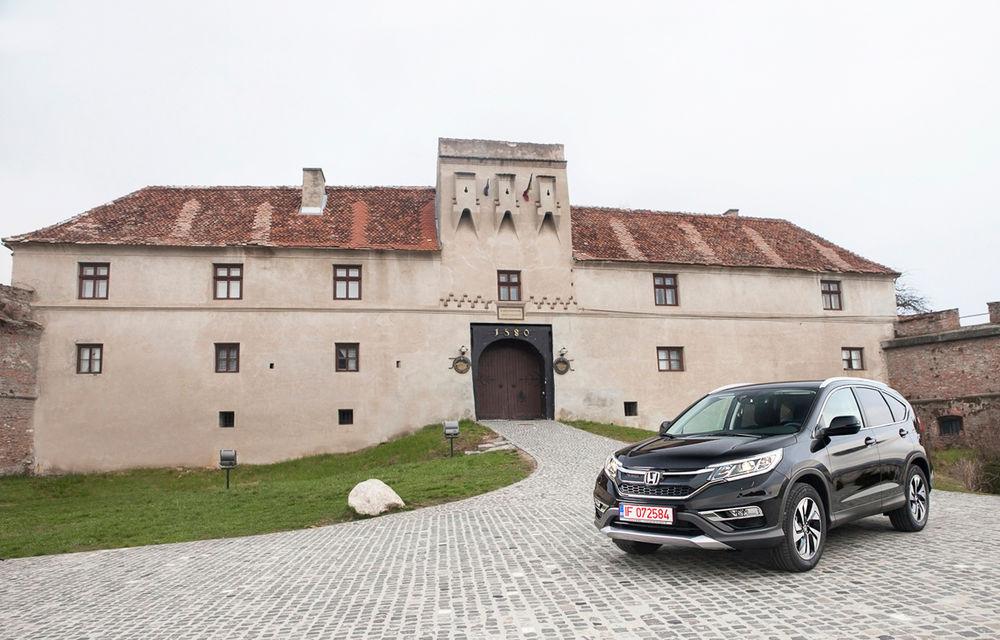 Honda CR-V facelift e disponibil în România: SUV-ul restilizat pleacă de la 26.000 de euro şi primeşte tehnologie de top - Poza 4