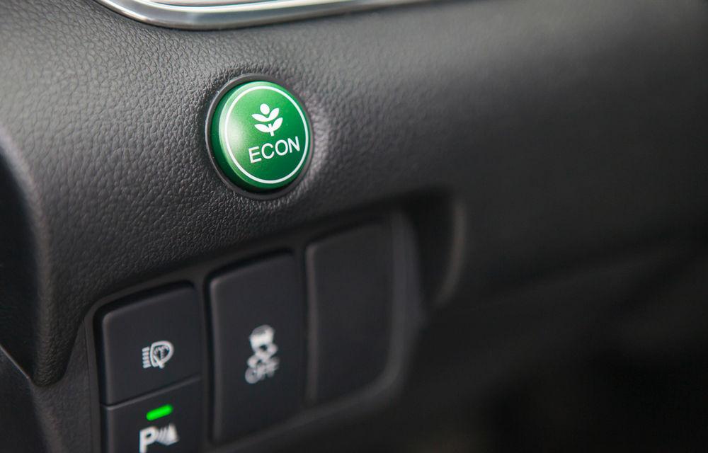 Honda CR-V facelift e disponibil în România: SUV-ul restilizat pleacă de la 26.000 de euro şi primeşte tehnologie de top - Poza 22
