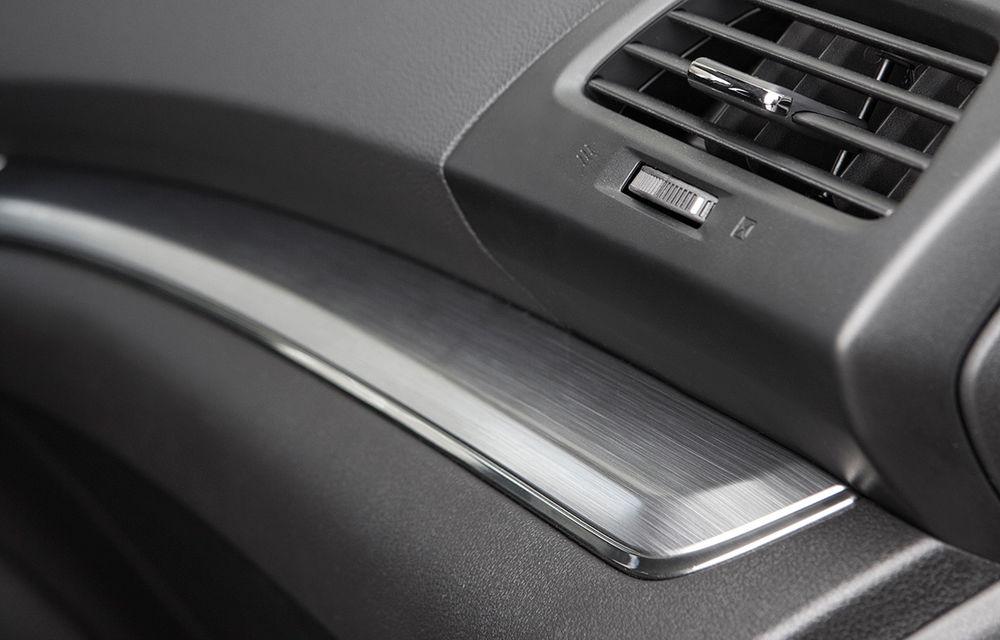 Honda CR-V facelift e disponibil în România: SUV-ul restilizat pleacă de la 26.000 de euro şi primeşte tehnologie de top - Poza 34