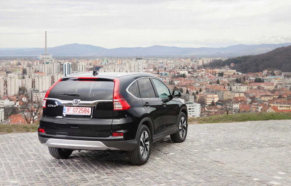 Honda CR-V facelift e disponibil în România: SUV-ul restilizat pleacă de la 26.000 de euro şi primeşte tehnologie de top - Poza 2