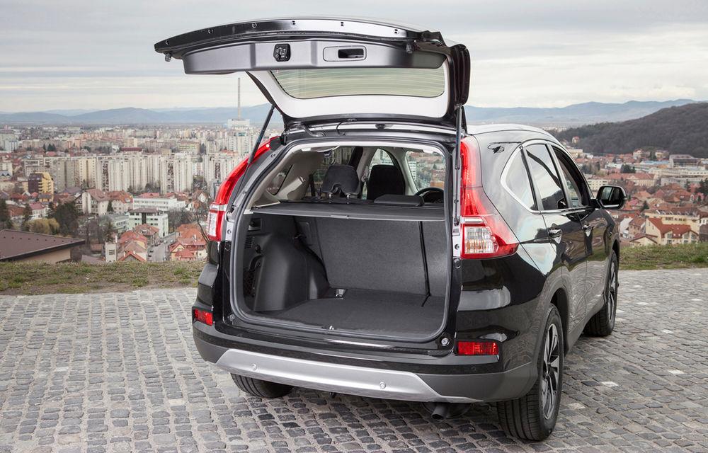 Honda CR-V facelift e disponibil în România: SUV-ul restilizat pleacă de la 26.000 de euro şi primeşte tehnologie de top - Poza 25