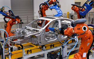 Jaguar XE, rivalul lui BMW Seria 3, a intrat în producţie