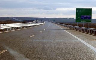 Proteste la Dacia: angajaţii uzinei cer realizarea autostrăzii Sibiu-Piteşti