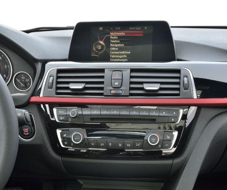 BMW Seria 3 primeşte un facelift la 40 de ani de la debutul primei generaţii - Poza 50