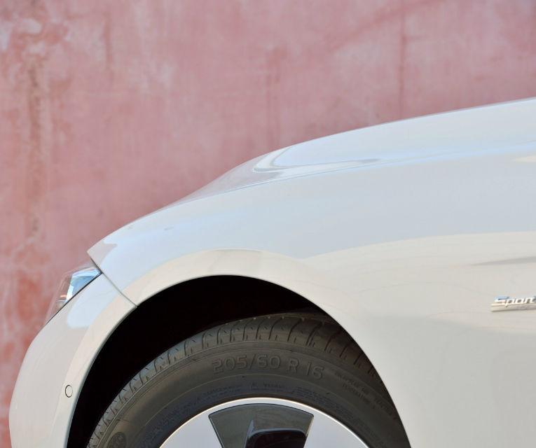 BMW Seria 3 primeşte un facelift la 40 de ani de la debutul primei generaţii - Poza 53
