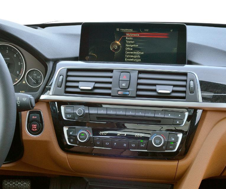 BMW Seria 3 primeşte un facelift la 40 de ani de la debutul primei generaţii - Poza 70