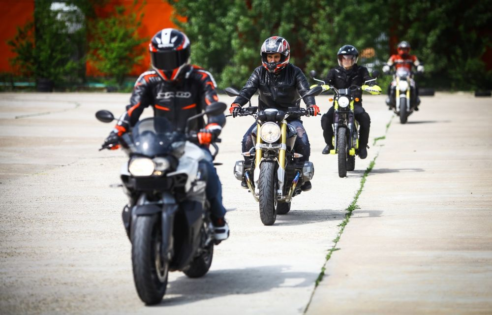 La şcoală pe două roţi: de ce ai nevoie de un curs de conducere defensivă după ce-ţi iei permisul moto - Poza 16