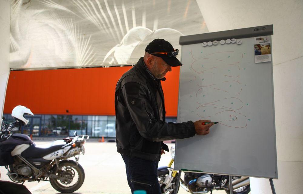 La şcoală pe două roţi: de ce ai nevoie de un curs de conducere defensivă după ce-ţi iei permisul moto - Poza 24