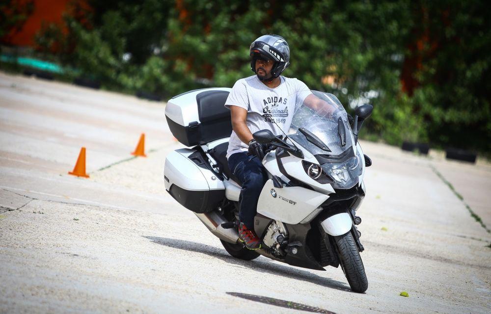 La şcoală pe două roţi: de ce ai nevoie de un curs de conducere defensivă după ce-ţi iei permisul moto - Poza 13