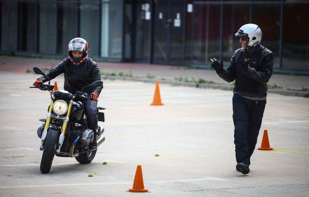 La şcoală pe două roţi: de ce ai nevoie de un curs de conducere defensivă după ce-ţi iei permisul moto - Poza 23