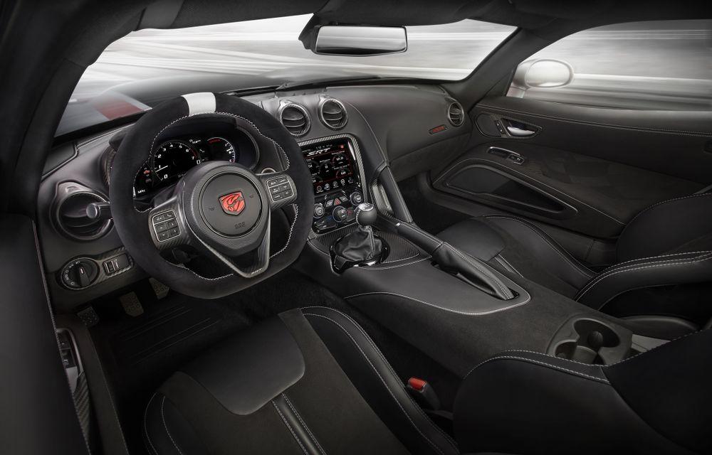 Dodge Viper ACR, cea mai performantă versiune a sportivei, se prezintă - Poza 27