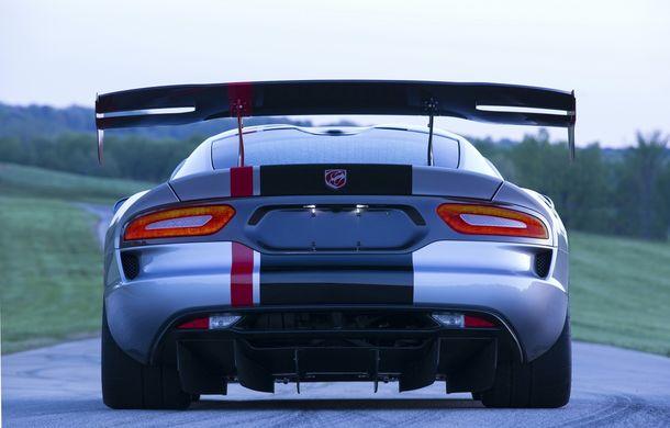 Dodge Viper ACR, cea mai performantă versiune a sportivei, se prezintă - Poza 13