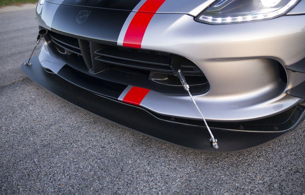 Dodge Viper ACR, cea mai performantă versiune a sportivei, se prezintă - Poza 16